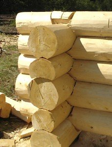 Сборка деревянного сруба