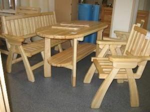 Деревянная самодельная мебель