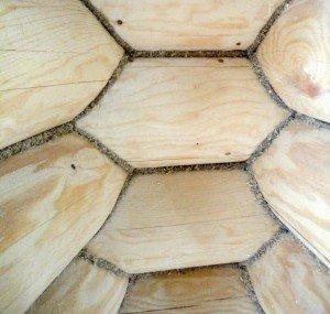В погоне за настоящим теплом: технология конопатки деревянного сруба