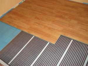 Хорошая защита деревянного пола