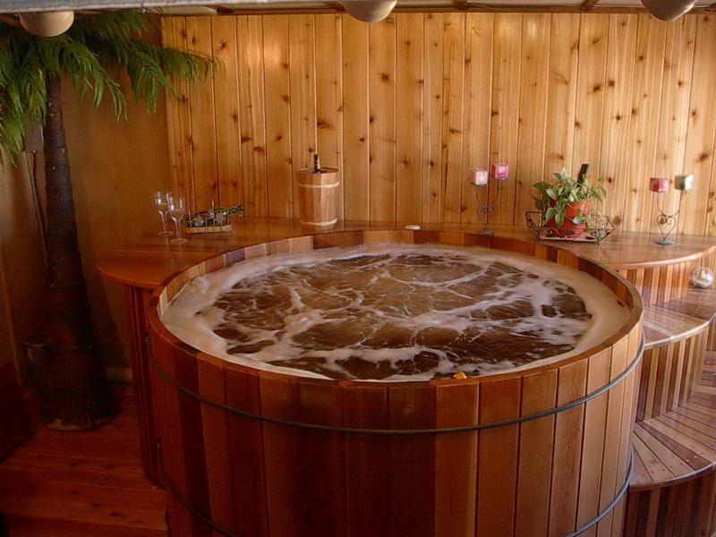 Изготовление и установка джакузи для бани