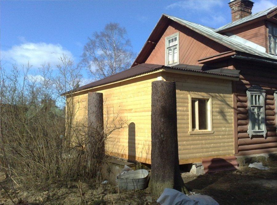 Как можно пристроить баню к дому?